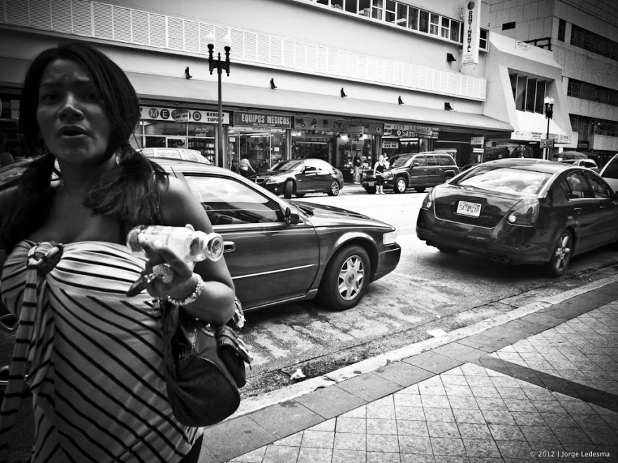 Ricoh GRD3 Street Photography