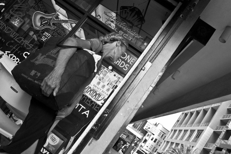 Panasonic LX5, D-Lux 5, Leica, Street Photography, LX5, Miami, lumix lx5 review, leica d lux 5, D-Lux 5, Leica, lumix , photos, images, documentary, street, candid, portrait,portraits, snap,snaps, photography, lumix , lumix, color, black and white,images, pictures, daido, moriyama, jorge, ledesma, LX5, review,lumix LX5 revisão, lumix LX5, imagens, documentários, rua, revisão,lumix LX5 recenze, lumix LX5, obrázky, dokumentární, ulice, upřímný, portrét, fotoLX5afie,lumix LX5 revisione, lumix LX5, immagini, documentari, via, schietto, ritratto, fotoLX5afia,lumix LX5 recension, lumix LX5, bilder, dokumentär, gata, uppriktig, porträtt, fotoLX5afi,lumix LX5 examen, lumix LX5, images, documentaire, rue, candide, portrait, photoLX5aphie,lumix LX5 gennemgang, lumix , billeder, dokumentar, gade, åbenhjertig, portræt, foto LX5 afering,lumix LX5 recenzja, lumix LX5, zdjęć, filmów dokumentalnych, ulica, szczery, portret, fotoLX5afia,lumix LX5 Bewertung lumix , Bilder, Dokumentarfilm, Straße, offen, Porträt, FotoLX5afie,理光LX5審查,理光LX5,圖片,紀錄片,街道,坦誠,肖像,攝影,リコーLX5見直し、リコーLX5、画像、ドキュメンタリー、ストリート、スナップ写真、ポートレート、写真、lumix LX5 revisão, lumix LX5, imagens, documentários, rua, cândido, retrato, fotoLX5afia,icoh LX5 pagsusuri, lumix LX5, mga larawan, dokumentaryo, kalye, tapat, portrait,