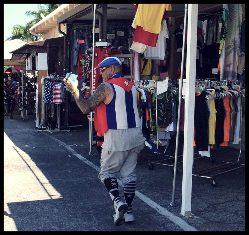 Ricoh GRD4, Salsero, Cuban, Street Photography